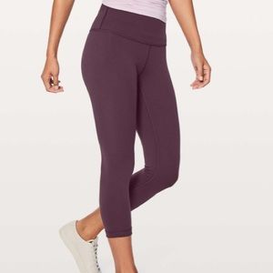 Lululemon Wunder Under Crop, size 8, black cherry